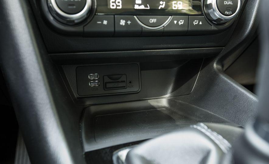 2017 Mazda 3 - Slide 94