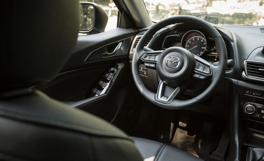 2017 Mazda 3 - Slide 86