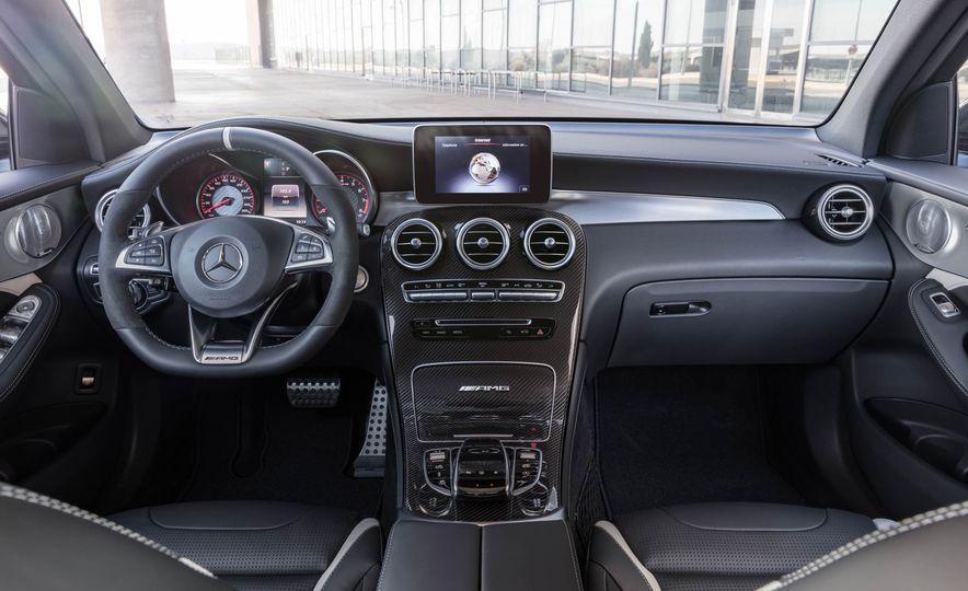 2018 Mercedes-AMG GLC63 - Slide 28