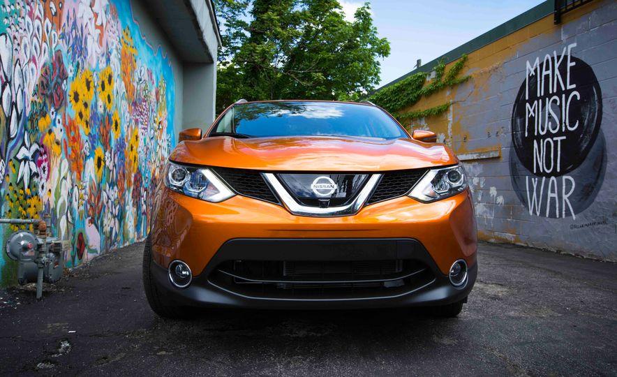 2018 Nissan Leaf - Slide 17