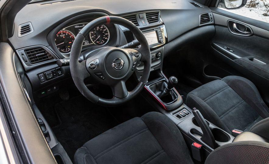 2017 Nissan Sentra NISMO - Slide 9