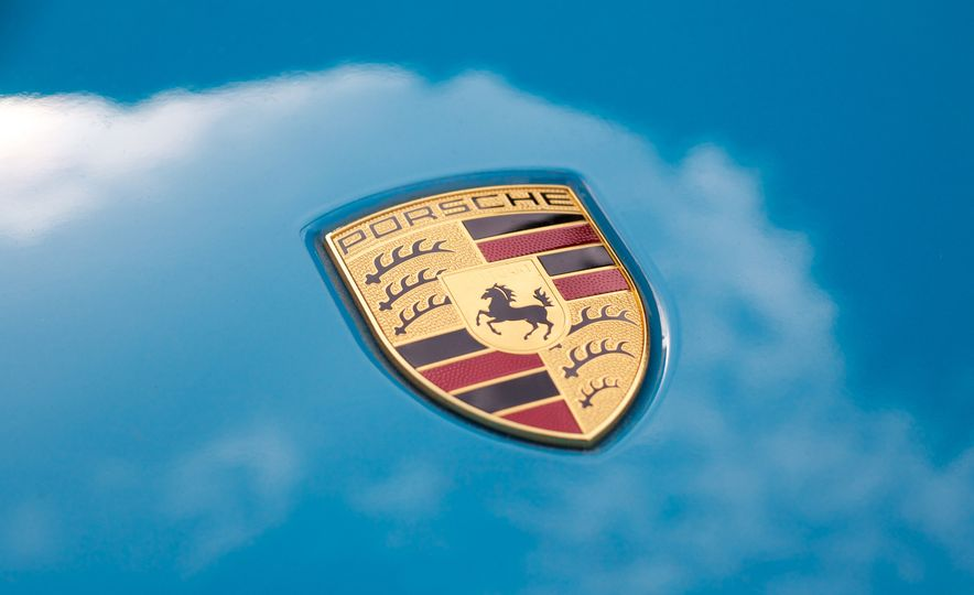Development of a Porsche 911 Plug-In Hybrid Is Truly Dead - Slide 7