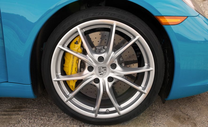 Development of a Porsche 911 Plug-In Hybrid Is Truly Dead - Slide 9