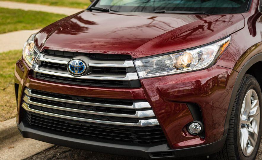 2017 Toyota Highlander hybrid - Slide 20