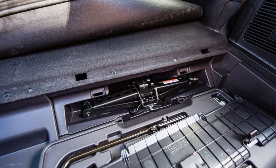 2017 Toyota Highlander hybrid - Slide 74