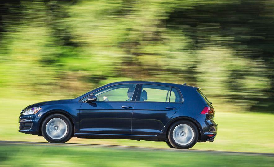 2017 Volkswagen Golf - Slide 7