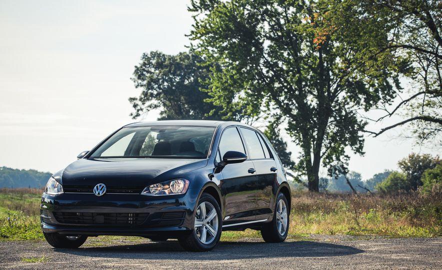 2017 Volkswagen Golf - Slide 10