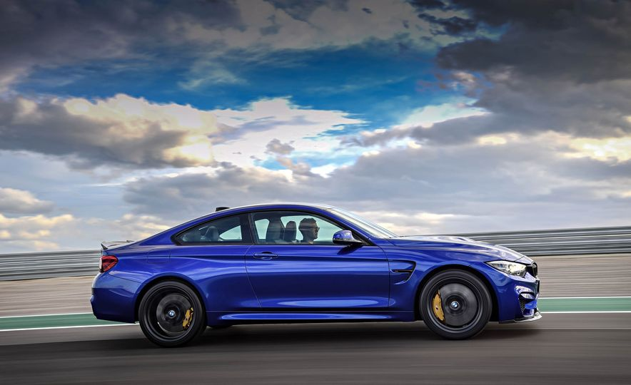 2018 BMW M4 CS - Slide 11