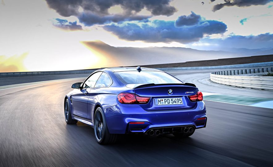 2018 BMW M4 CS - Slide 12