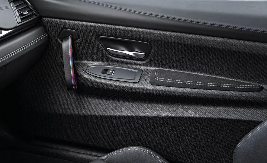2018 BMW M4 CS - Slide 40