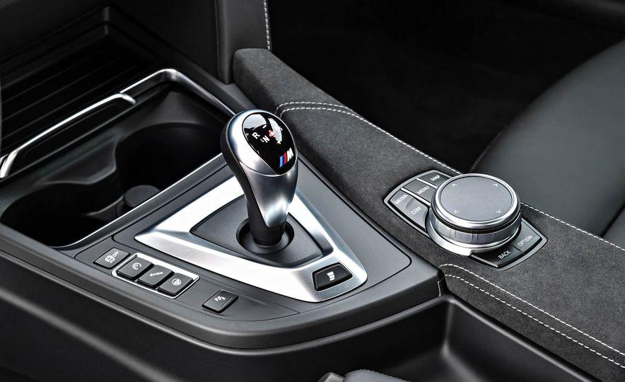 2018 BMW M4 CS - Slide 42