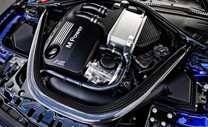2018 BMW M4 CS - Slide 43