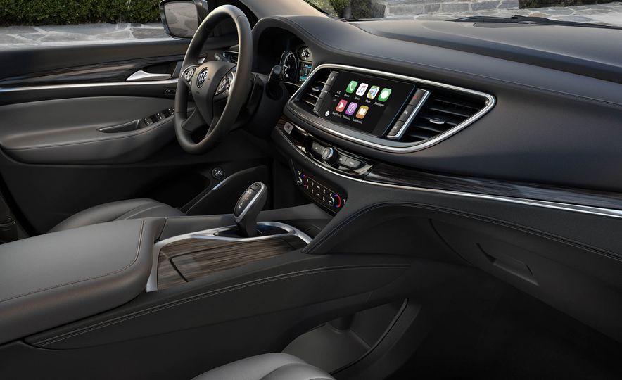 2018 Buick Enclave Avenir - Slide 7
