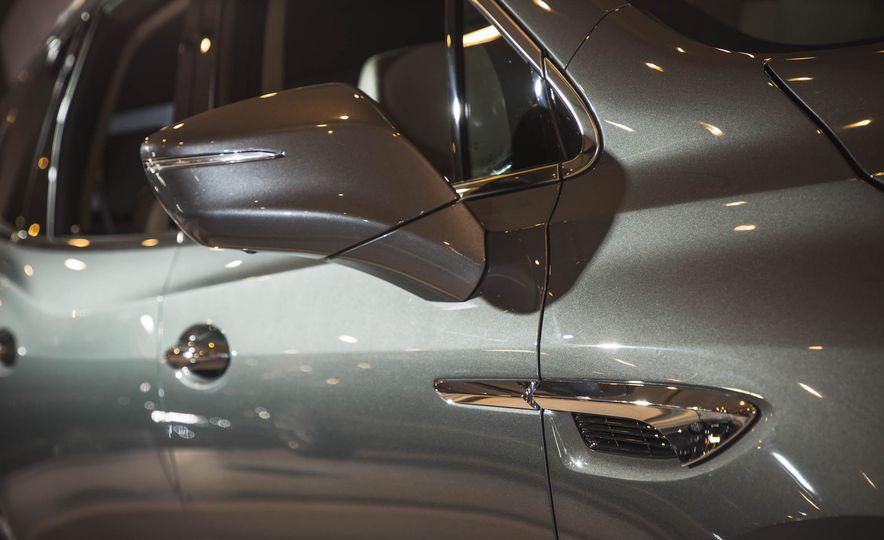 2018 Buick Enclave Avenir - Slide 18