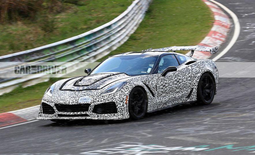 2018 Chevrolet Corvette ZR1 (spy photo) - Slide 3