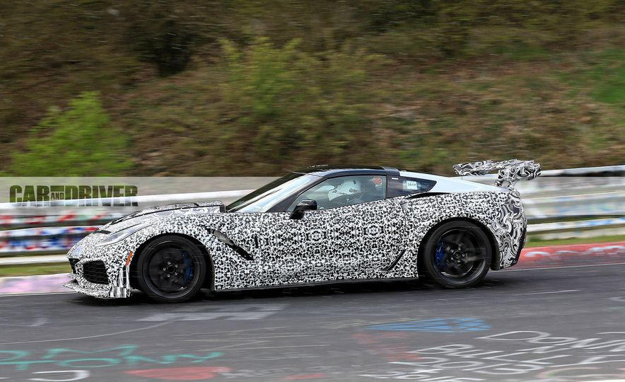 2018 Chevrolet Corvette ZR1 (spy photo) - Slide 5