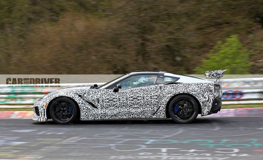 2018 Chevrolet Corvette ZR1 (spy photo) - Slide 6