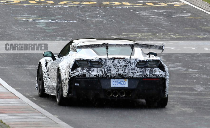 2018 Chevrolet Corvette ZR1 (spy photo) - Slide 10