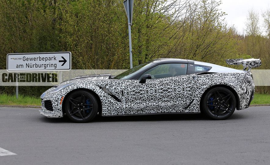 2018 Chevrolet Corvette ZR1 (spy photo) - Slide 15