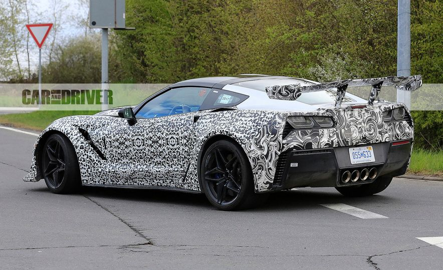 2018 Chevrolet Corvette ZR1 (spy photo) - Slide 17