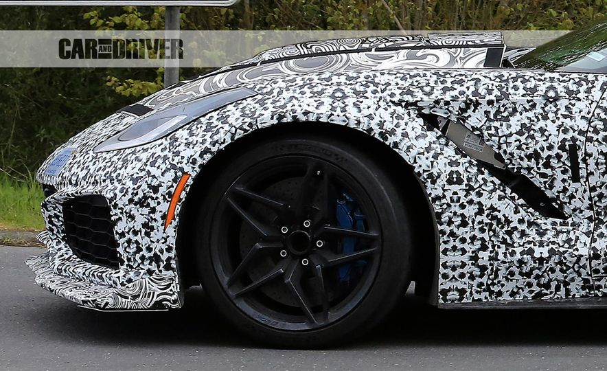 2018 Chevrolet Corvette ZR1 (spy photo) - Slide 25
