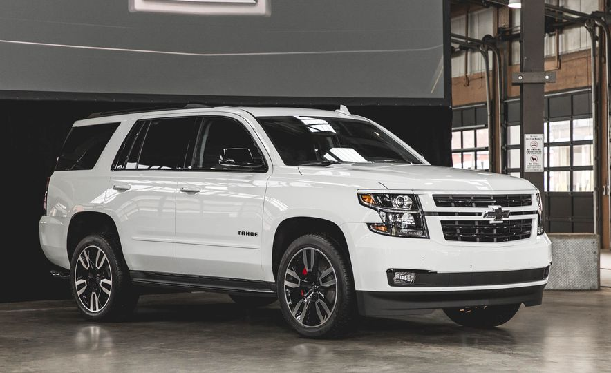 2018 Chevrolet Tahoe RST - Slide 3