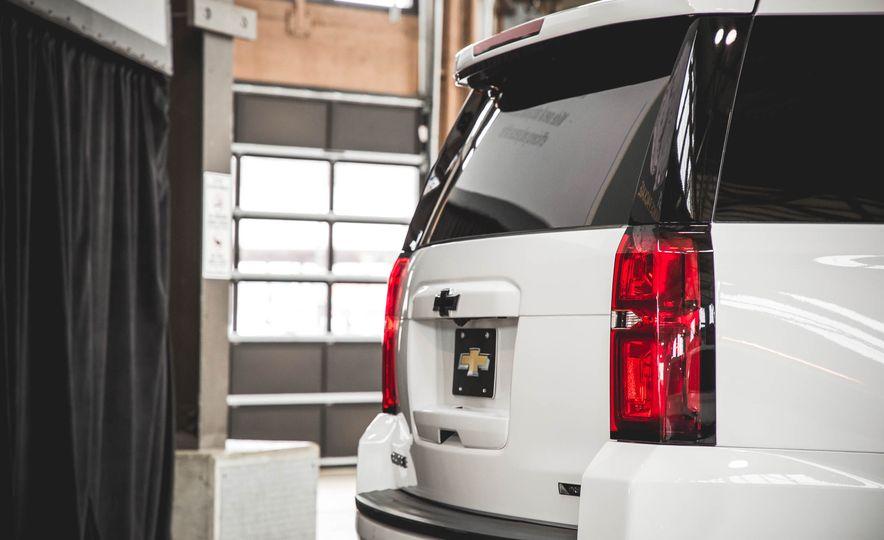 2018 Chevrolet Tahoe RST - Slide 16