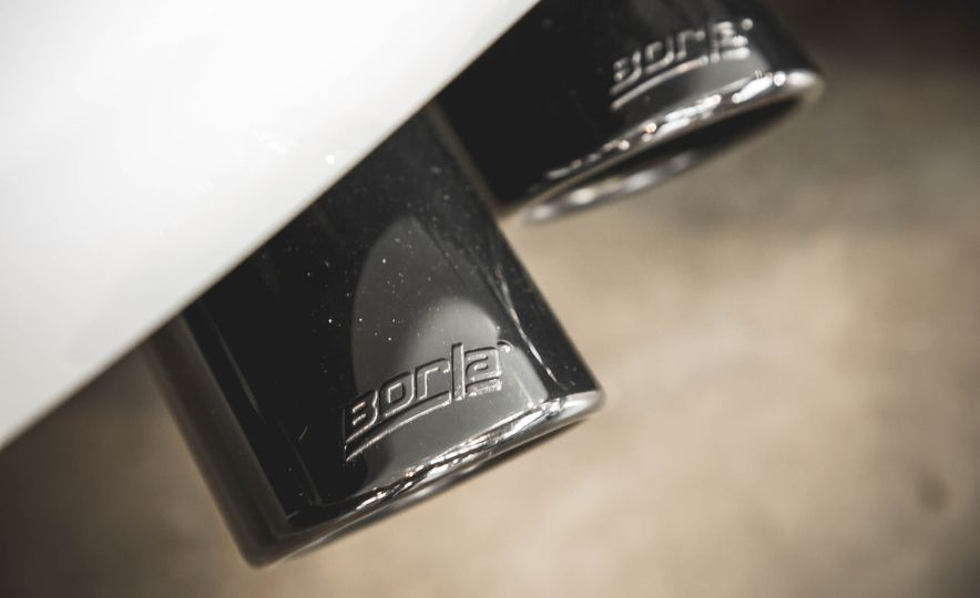 2018 Chevrolet Tahoe RST - Slide 19