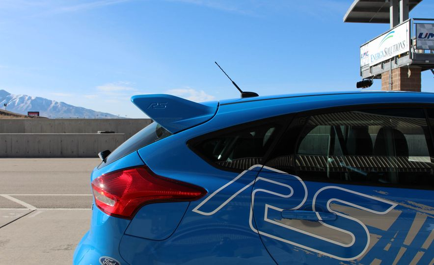From Track to Mountain Peak at Ford's Focus RS and Raptor Driving Schools - Slide 59