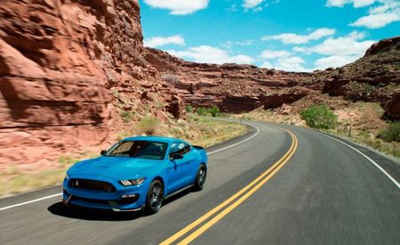 Ford Mustang Shelby GT350 and GT350R Get to Live Another Year