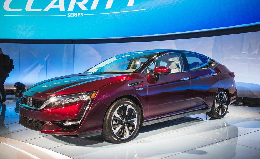 2018 Honda Clarity Plug-In Hybrid - Slide 28