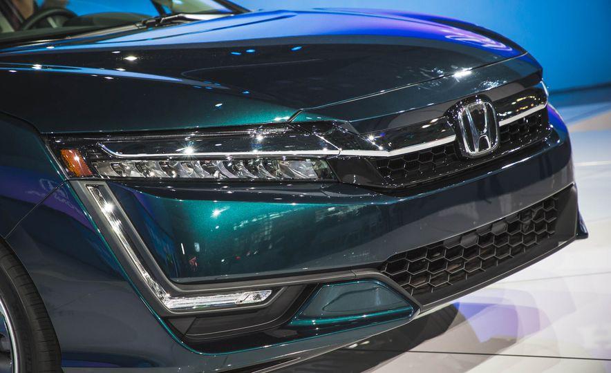 2018 Honda Clarity Plug-In Hybrid - Slide 5