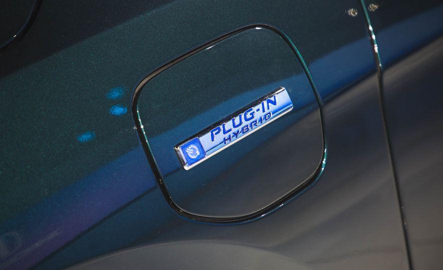 2018 Honda Clarity Plug-In Hybrid - Slide 7