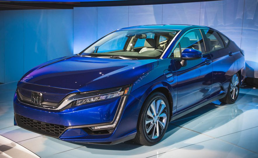 2018 Honda Clarity Plug-In Hybrid - Slide 8