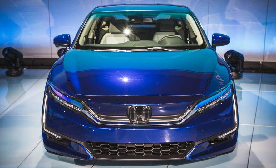 2018 Honda Clarity Plug-In Hybrid - Slide 9