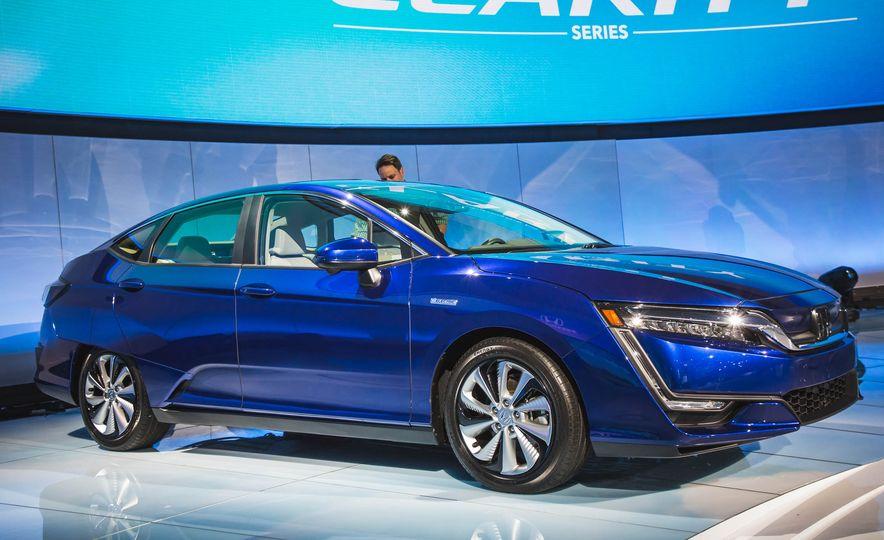 2018 Honda Clarity Plug-In Hybrid - Slide 10
