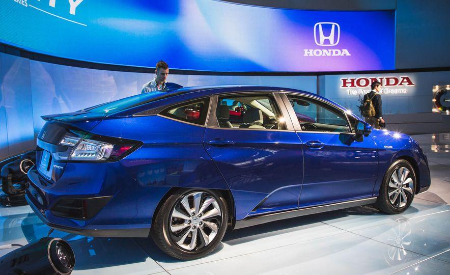 2018 Honda Clarity Plug-In Hybrid - Slide 11