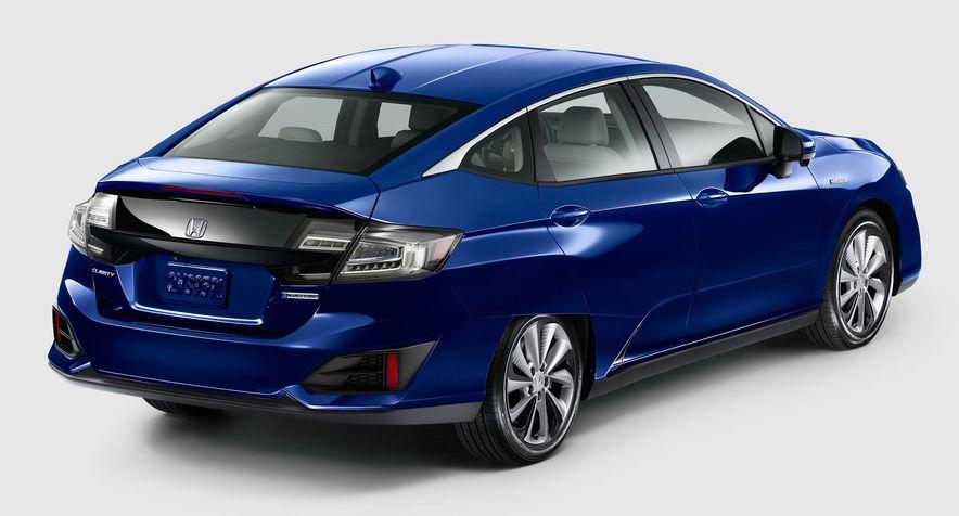 2018 Honda Clarity Plug-In Hybrid - Slide 15