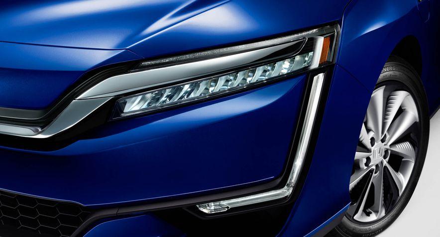 2018 Honda Clarity Plug-In Hybrid - Slide 16