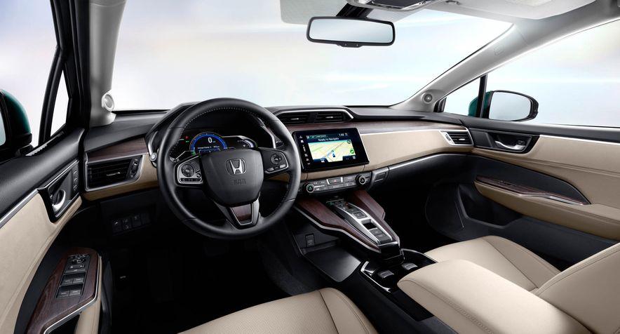2018 Honda Clarity Plug-In Hybrid - Slide 25