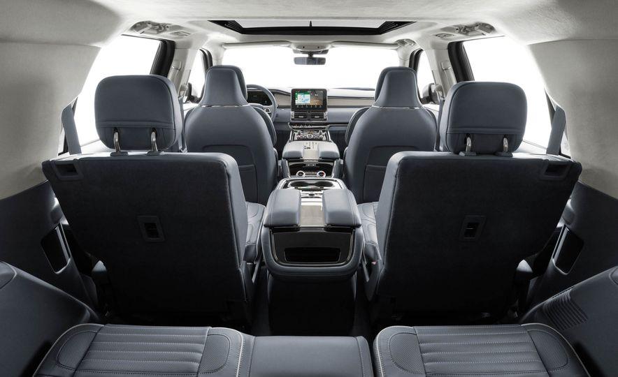 2018 Lincoln Navigator - Slide 45