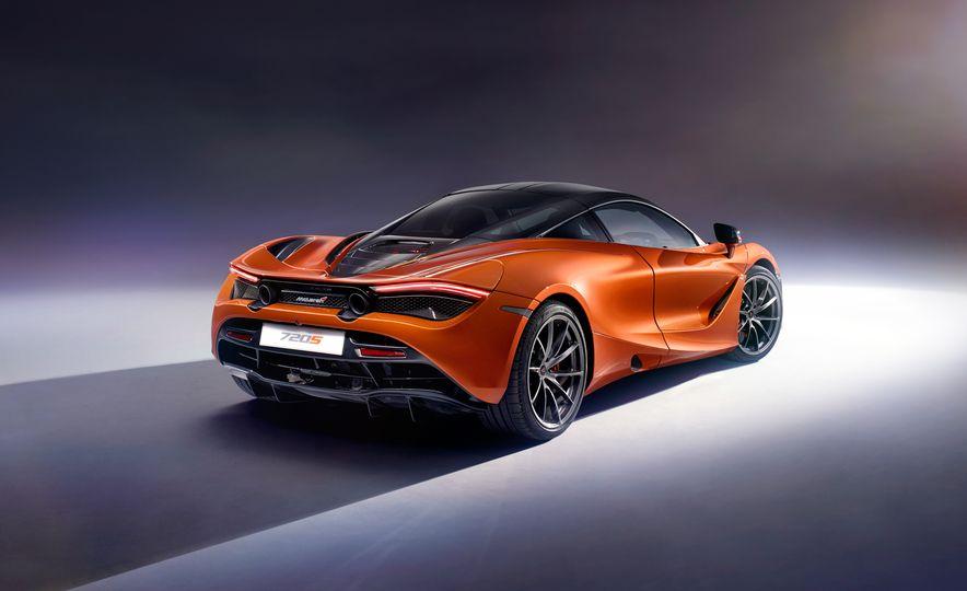 2018 McLaren 720S - Slide 2