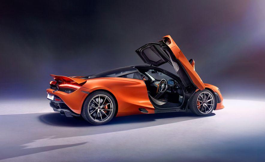 2018 McLaren 720S - Slide 3