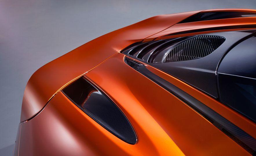 2018 McLaren 720S - Slide 4