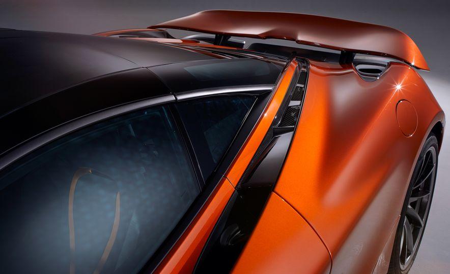2018 McLaren 720S - Slide 5