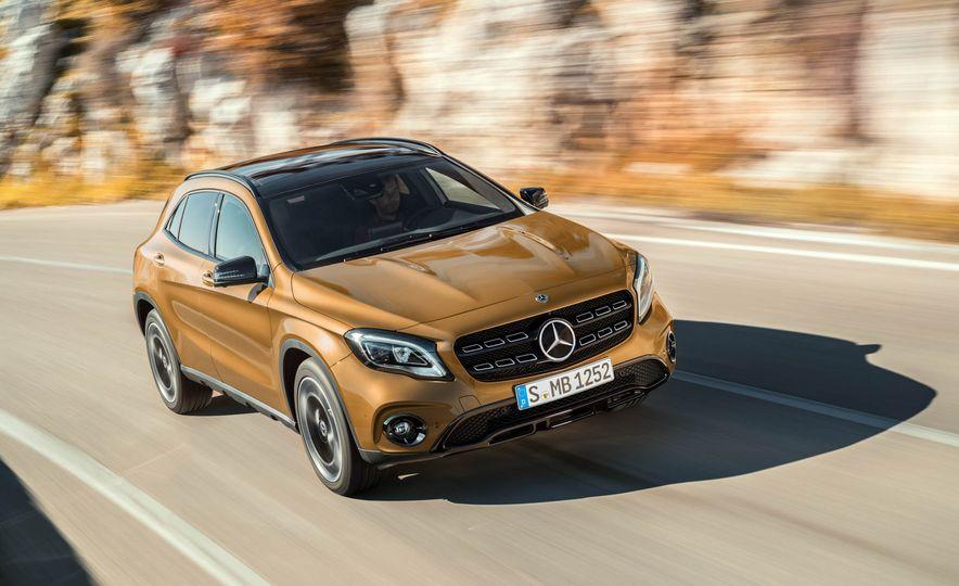 2018 Mercedes-Benz GLA250 - Slide 6