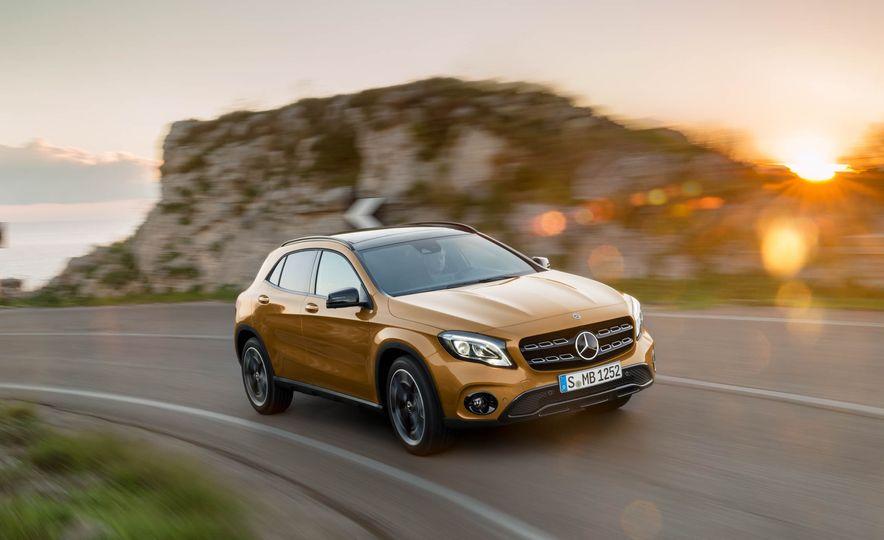 2018 Mercedes-Benz GLA250 - Slide 8