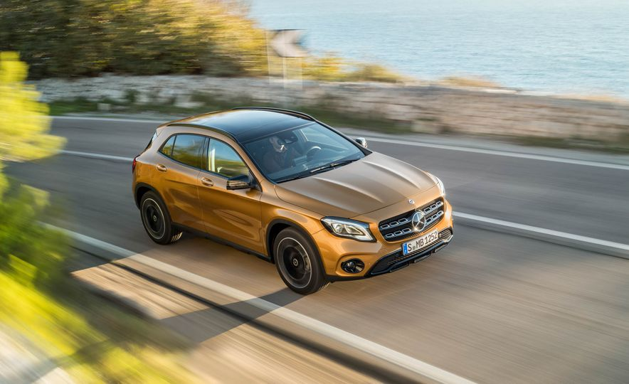 2018 Mercedes-Benz GLA250 - Slide 9