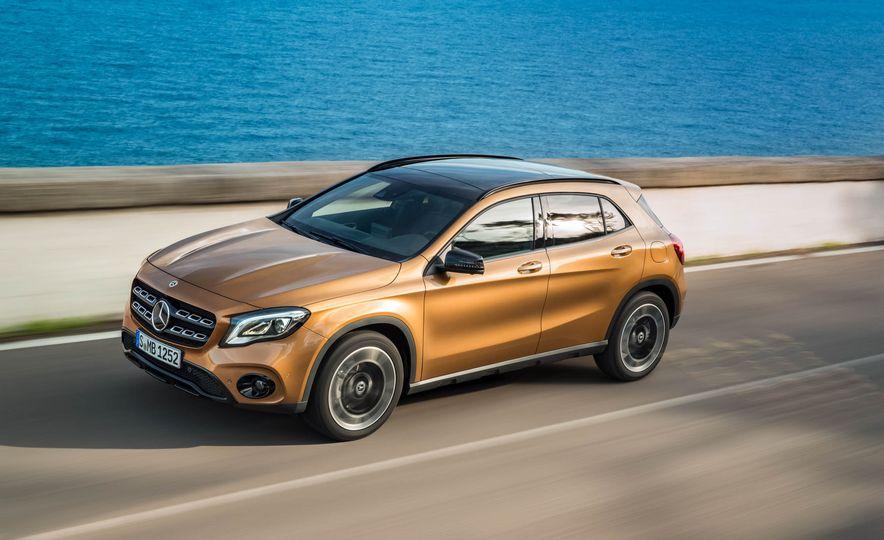 2018 Mercedes-Benz GLA250 - Slide 12