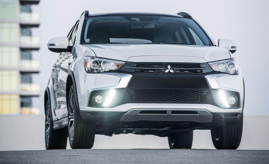 2018 Mitsubishi Outlander Sport - Slide 19